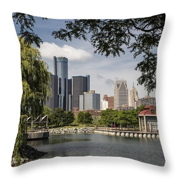 Detroit Skylin And Marina  Throw Pillow