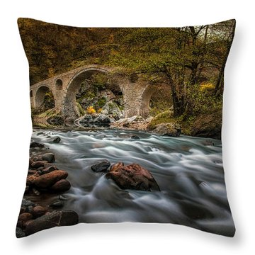 Devil's Bridge 14/11/17 Throw Pillow
