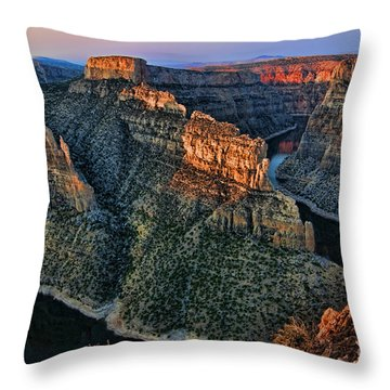Devils Overlook Big Horn Canyon Throw Pillow