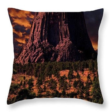 Throw Pillow featuring the photograph Devils Tower Sunrise by Scott Read
