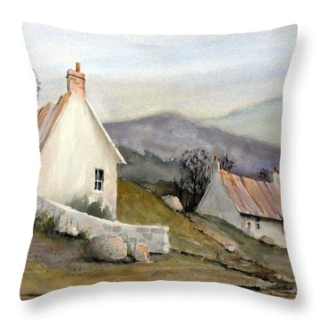 England Throw Pillows