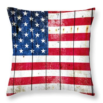 Distressed American Flag On Wood Planks - Horizontal Throw Pillow