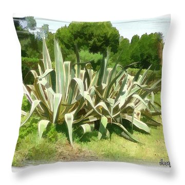 Throw Pillow featuring the photograph Do-00335 Plant Bois Des Pins by Digital Oil