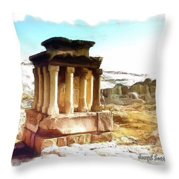 Do-00432 The Temple Of Faqra Throw Pillow