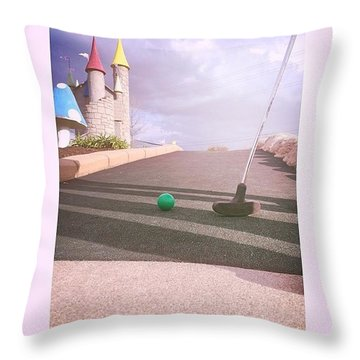Mini Golf Throw Pillow