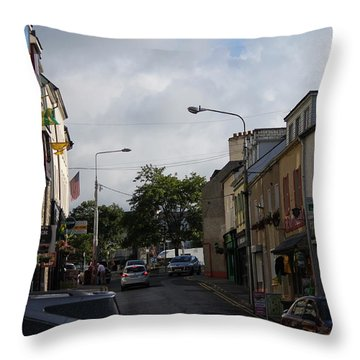Donegal Town 4118 Throw Pillow