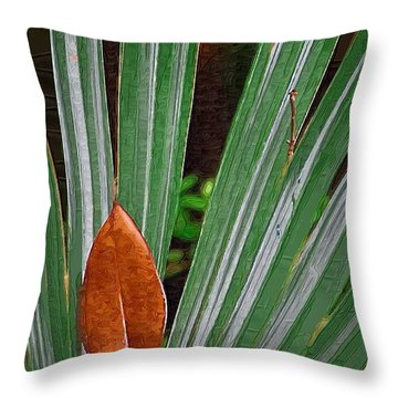 Throw Pillow featuring the photograph Don't Leaf by Donna Bentley