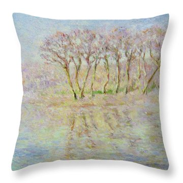 Dordogne, Beynac Et Cazenac Throw Pillow by Pierre Van Dijk