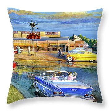 Dragging The Circle - Hub Diner Throw Pillow