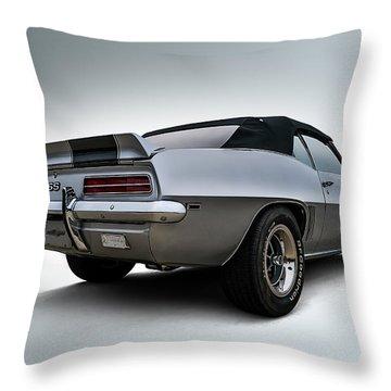 Drop Top Ss Throw Pillow by Douglas Pittman