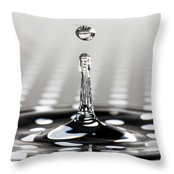 Droplet Dots Throw Pillow