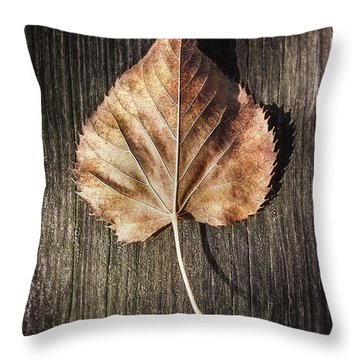 Dry Leaf On Wood Throw Pillow