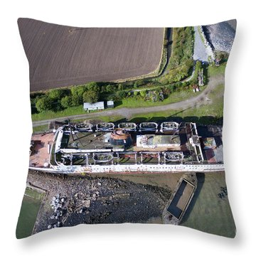 Duke Of Lancaster 2 Throw Pillow by Azimuth Images