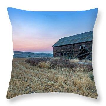 Dusk Setting On A Palouse Barn Throw Pillow