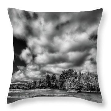Throw Pillow featuring the photograph Dusting Of Snow On The River by David Patterson