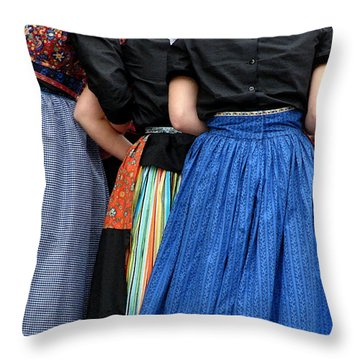Dutch Dancers In A Huddle Throw Pillow by Michelle Calkins