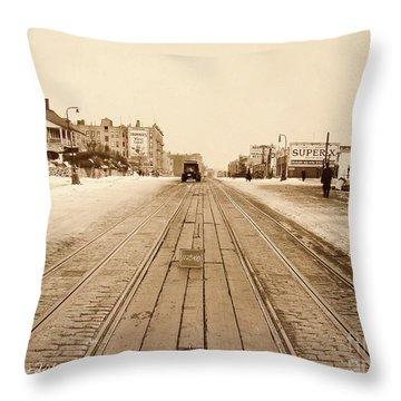 Dyckman House, 1928 Throw Pillow