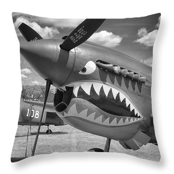 Throw Pillow featuring the photograph Eaa Airventure by Ricky L Jones