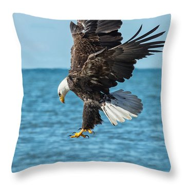 Eagle Dive Throw Pillow