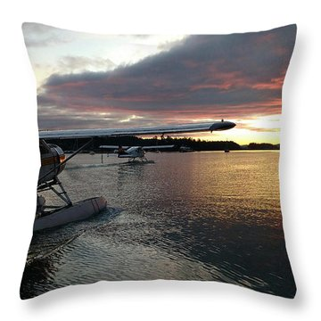 Throw Pillow featuring the photograph Early Departures by Mark Alan Perry