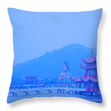 Throw Pillow featuring the photograph Early Morning At The Lotus Lake by Yali Shi