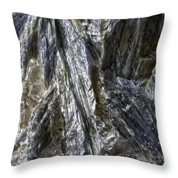 Earth Portrait Kyanite 001-089 Throw Pillow