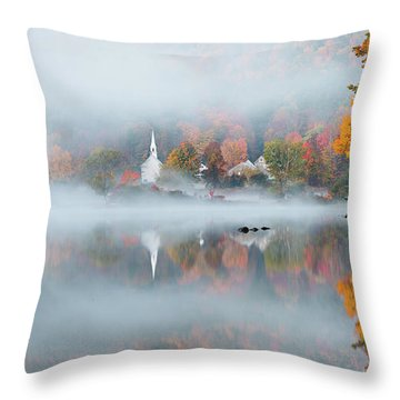 Eaton, Nh Throw Pillow