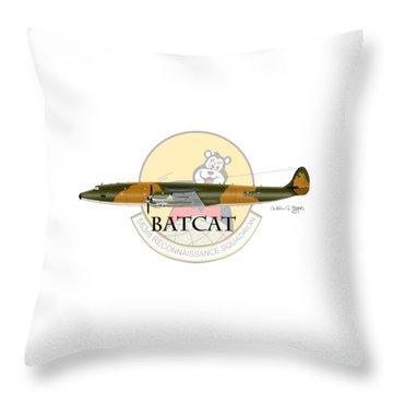 Ec-121r Batcat 553 Throw Pillow