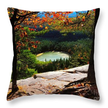 Echo Lake, New Hampshire Throw Pillow