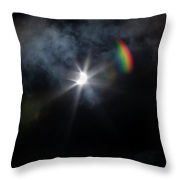 Solar Eclipse 2017 And Rainbow Throw Pillow