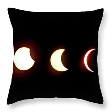 Eclipse To Totality Throw Pillow