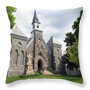 Edward The Confessor Throw Pillow