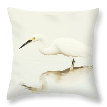 Egret In Vanilla Tones Throw Pillow