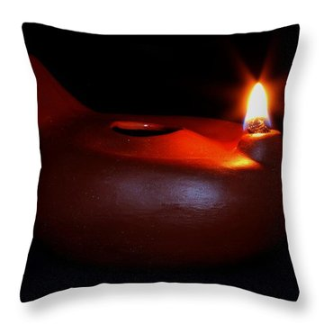 Egyptian Style Lamp - Terracotta 12 Throw Pillow