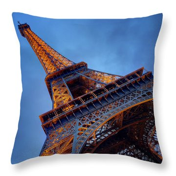 Eiffel Dressed In Gold Throw Pillow