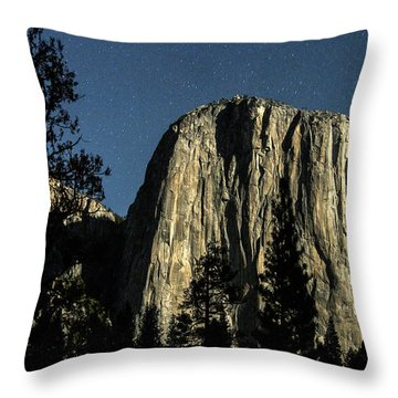 El Capitan By Starlight, Yosemite Valley, Yosemite Np, Ca Throw Pillow