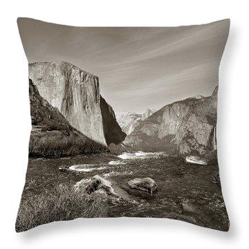 El Capitan Throw Pillow by Joseph G Holland