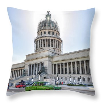 El Capitolio Throw Pillow