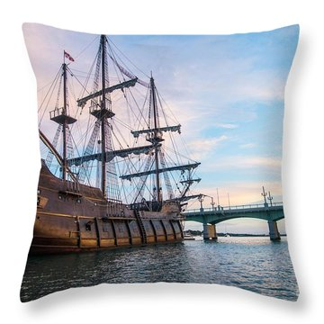 El Galeon Throw Pillow