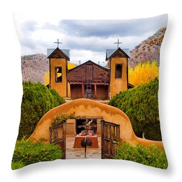 El Santuario De Chimayo Study 4 Throw Pillow