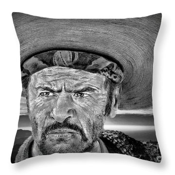 Eli Wallach As Tuco In The Good The Bad And The Ugly At Sunset Black And White Version Throw Pillow