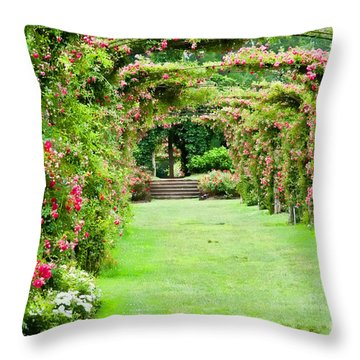 Elizabeth Park Arch Throw Pillow