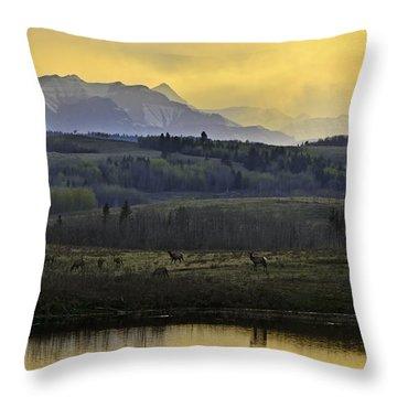 Elk On The Horizon Throw Pillow