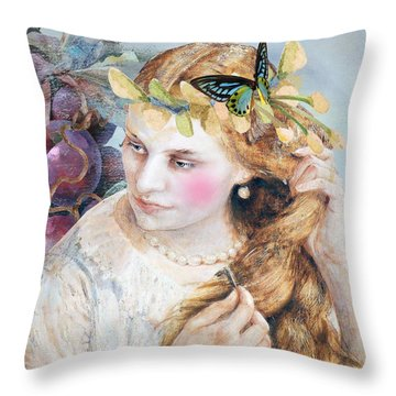 Elka Throw Pillow