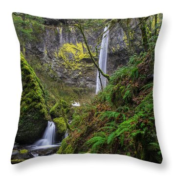 Columbia Gorge Elowah Falls Oergon Throw Pillow