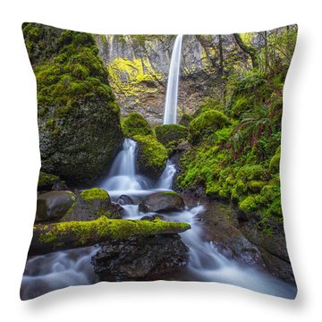 Throw Pillow featuring the photograph Elowah Falls by Patricia Davidson