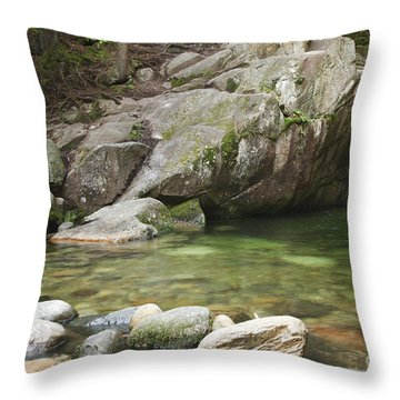 Emerald Pool - White Mountains New Hampshire Usa Throw Pillow