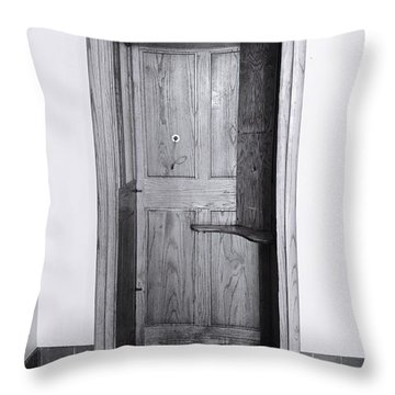 Empty Calling Throw Pillow