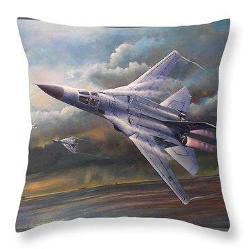 'end Of An Era' F111 Qld Final Flight Throw Pillow by Colin Parker