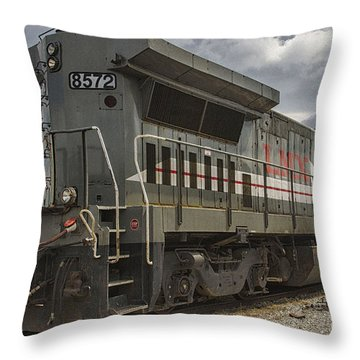Engine 8572 Throw Pillow